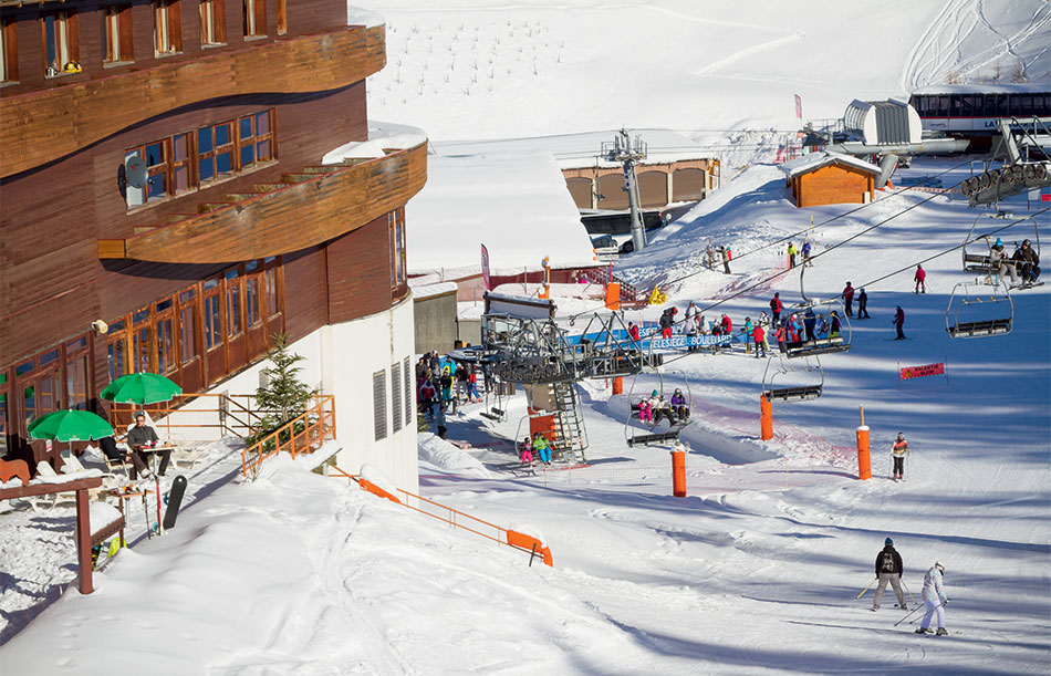 Plagne Centre (1970 m) for winter sports lovers