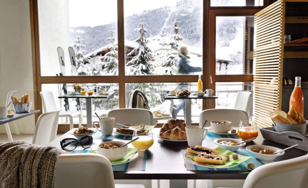 Restaurant with a view of the pistes