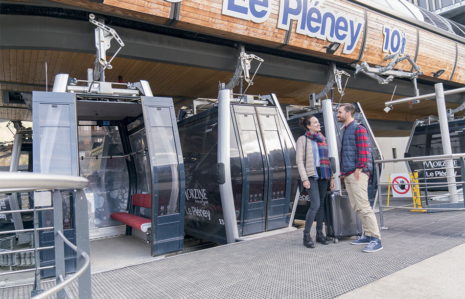 Access to the club via the Pleney cable car only