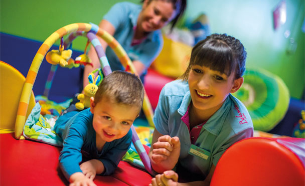 Kids' clubs for children aged 3 months and over